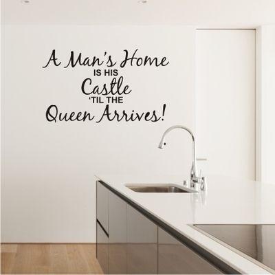QUEEN'S CASTLE