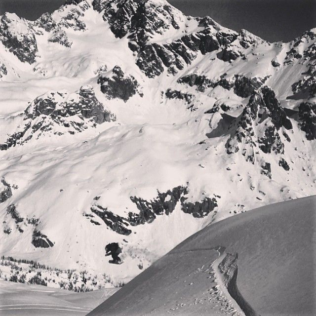 Cutting fresh snow since 1982!! #snowboard #passion #powder #funkysnowboards