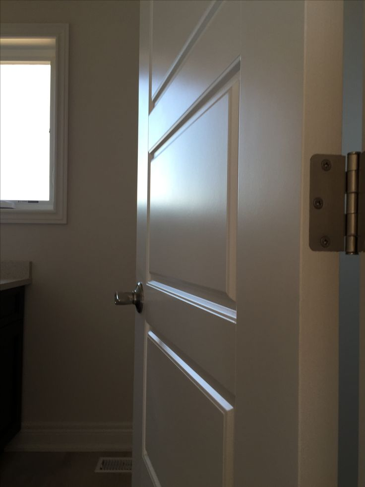 Forest Ridge Crt. door, fine finish sprayed for a lacquered look