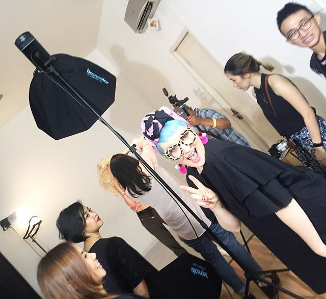 Photoshoot pagi ini bersama @pinkiiieee dan tim #maccosmeticsid ! Tema apa yang kami angkat hari ini? Wait and see! (Sr. Beauty & Health Writer @glamorockgal ) #ellebeauty #nicolethompson #maccosmetics @maccosmetics  via ELLE INDONESIA MAGAZINE OFFICIAL INSTAGRAM - Fashion Campaigns  Haute Couture  Advertising  Editorial Photography  Magazine Cover Designs  Supermodels  Runway Models