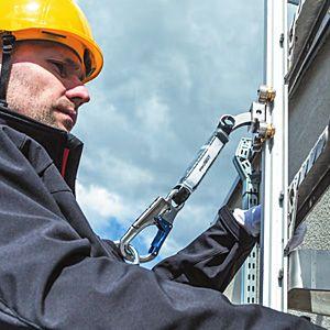 létrával integrált zuhanásvédelmi-rendszer - munkavédelem Better&Better