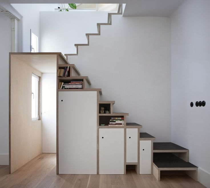 1st Floor Stairs in Plywood Trio Apartment by BUJ+COLÓN Arquitectos
