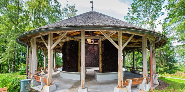 Gradierwerk im Park des Kurhotels St. Josef – Stärken Sie Ihr Immunsystem mit jedem Atemzug.
