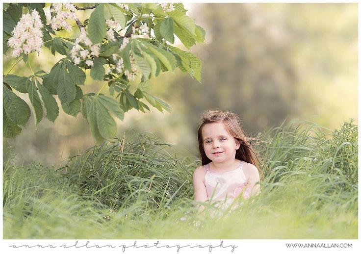 Outdoor child photography uxbridge