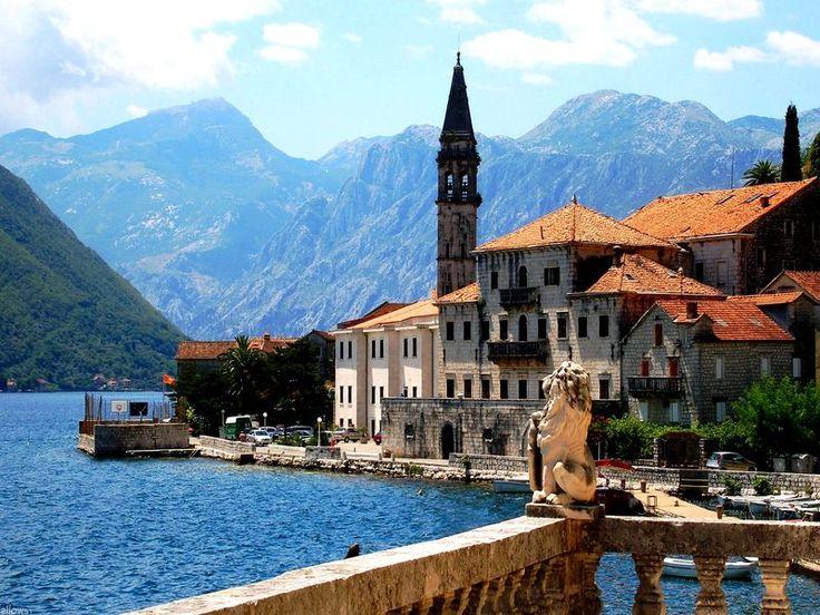 Черногория, Будва  38 578 р. на 8 дней с 31 августа 2016  Отель: Slovenska Plaza 3*  Подробнее: http://naekvatoremsk.ru/tours/chernogoriya-budva-70