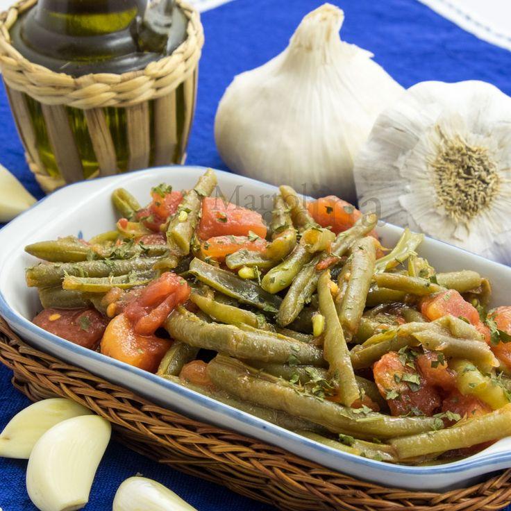 FAGIOLINI PUGLIESI #fagiolini #pomodoro #aglio #puglia #ricettafacile #ricettacontorno #contorno #vegetariana