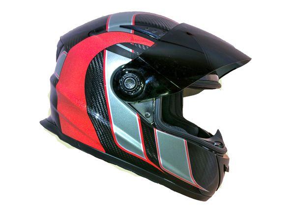 Casque moto intégré fibre de carbone Riot (Carbone Techno) - Price:169.99  Casque moto intégré en fibre de carbone Riot avec deux vitre de rechange (fumé et clair). DOT + ECE. Pourquoi acheter ce casque? Il est léger. C'est le casque carbone le plus léger de sa catégorie (1,2 kg). Sécuritaire. Surpasse les certification DOT + ECE. Silencieux. Sa visière ajustée «flush» et son intérieur ajustable empêche […]  Cet article Casque moto intégré fibre de carbone Riot (Carbone Techno) est apparu…