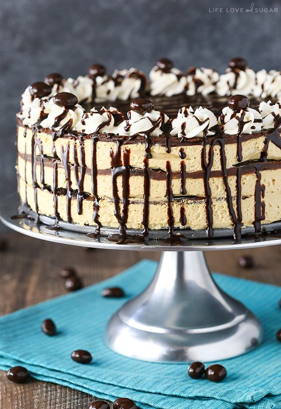Icebox Cake - layers of mocha filling, chocolate wafer cookies ...