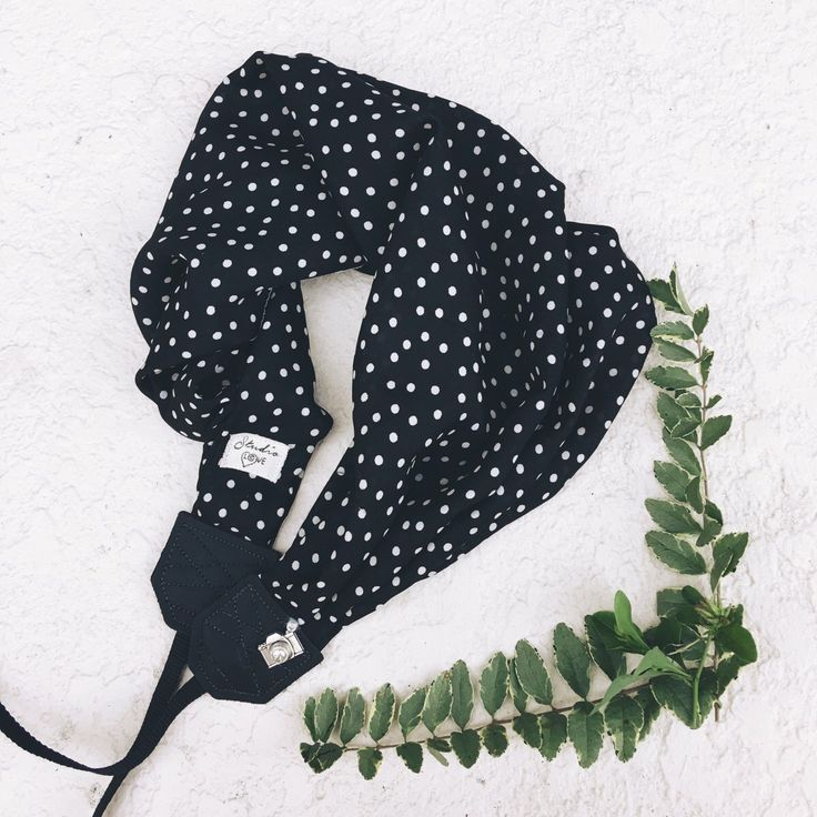 Black & White Dots Handmade camera strap DSLR professional photographer photography tips scarf leather