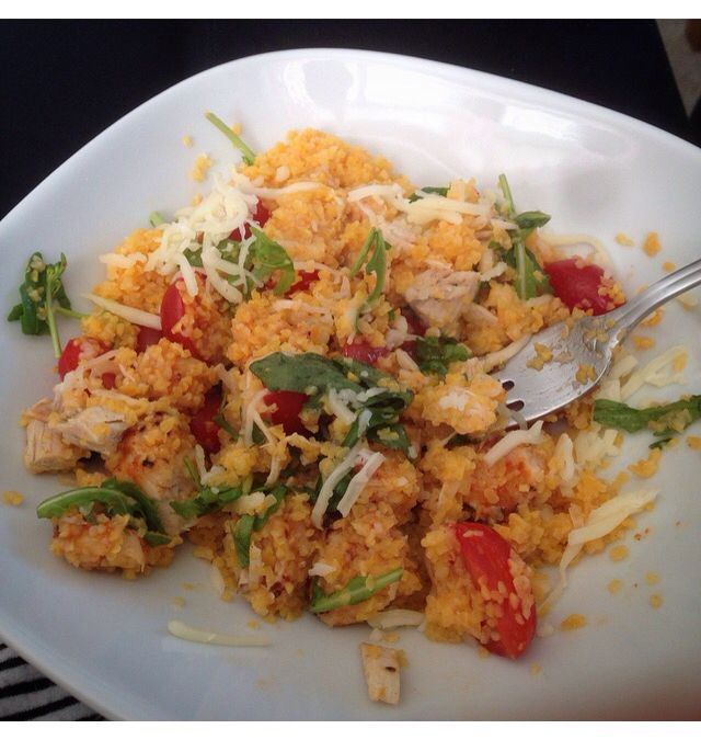 Couscous with spicy chicken