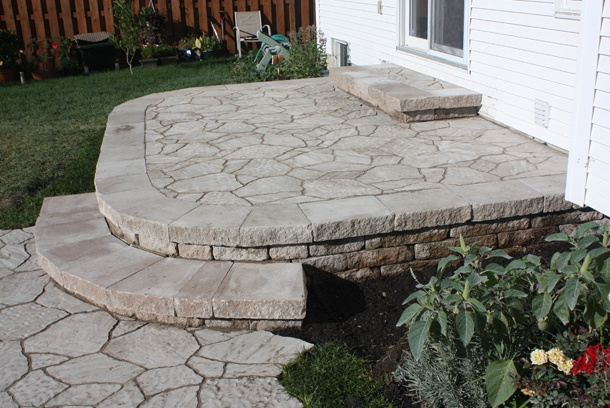 17 best images about paver patios on pinterest patio for Landscaping rocks nelson