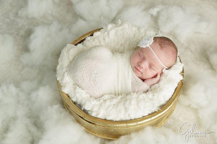 f1b8493d503 Orange County Newborn Photographer - Baby Girl