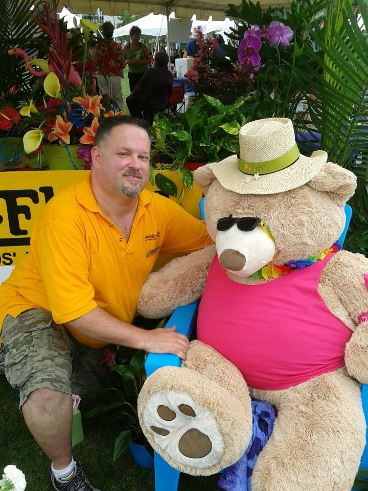 Steve Morrin, our Downtown Granby St Store Manager visiting with Petals at Town Point Park