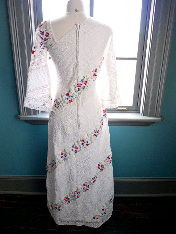 Fabulous Vintage MEXICAN WEDDING DRESS with floral embroidery and lace panels