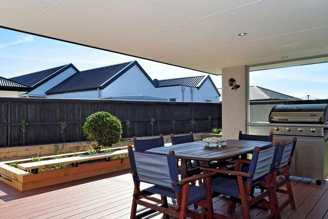 The home's alfresco space offers plenty of privacy.