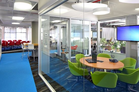 Case Study: SAP AG - Mitered glass together with minimal aluminum extrusions and structural elements allow Optos Low Profile to have maximum transparency without visual obstruction.