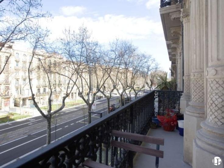 Appartement en vente à Barcelone, à l'Eixample, sur Passeig de Sant Joan,  près du Parc de la Ciutadella.