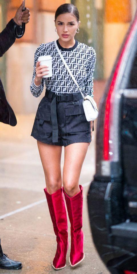 987c2275e35 Olivia Culpo tackled the rain in a Fendi sweater