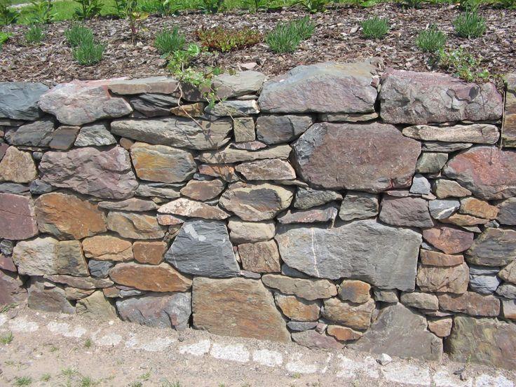 Bruchstein Trockenmauer Trockenmauer Gartenmauern Garten Landschaftsbau