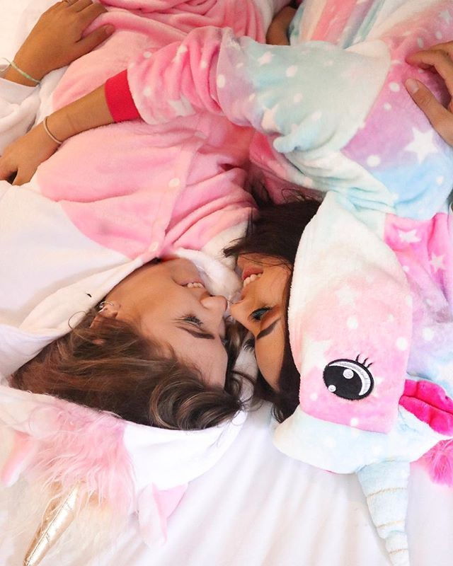 Kim RosaCuca (Kim RosaCuca) • Couple tumblr photos for inspiration: tumblr girl, unicorn kigurumi, winter outfit, lesbian couple, love, coup …