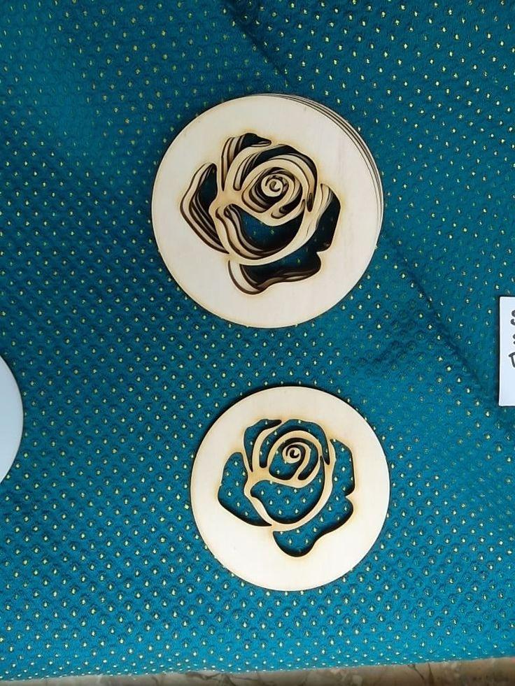 Set di 6 sottobicchieri taglio laser legno immagine Rosa di ImprontaCreativaMac su Etsy