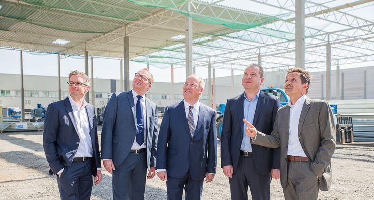 B+S bietet am Standort Bielefeld-Sennestadt zudem Kommissionierung und Konfektionierung sowie eine Vielzahl logistischer Zusatzleistungen an.