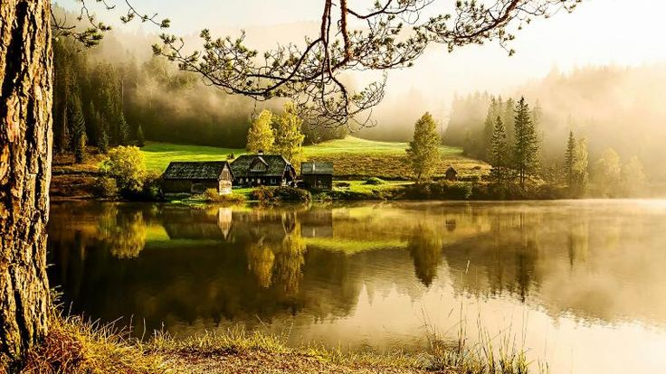 Gambar Pemandangan Indah - Danau & Rumah