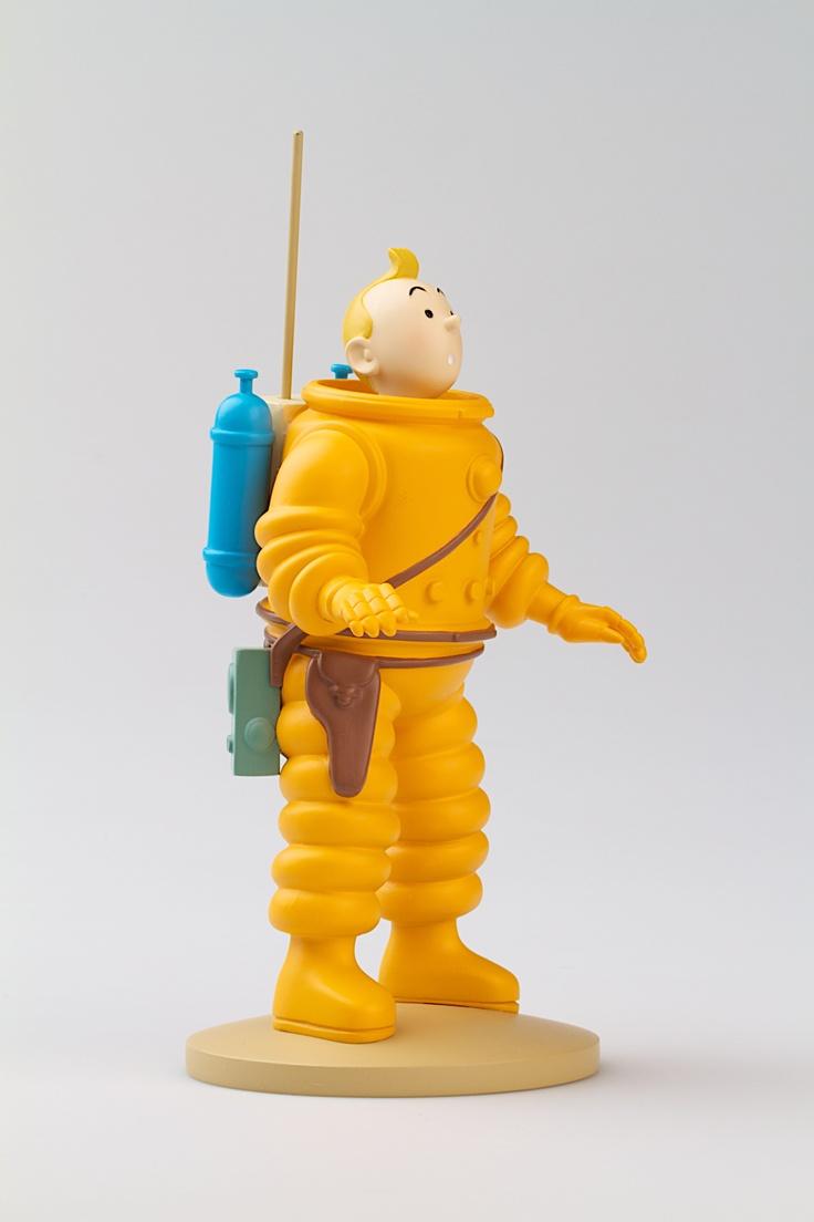 TINTIN FIGURINE NUMERO 7 Disponible en France et Belgique. Référence de la figurine: On a marché sur la lune, planche 37, case B1.