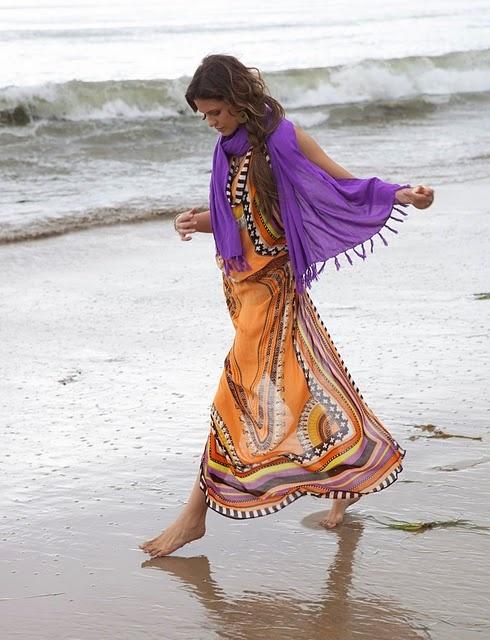theodora & callum: Bohemian Rhapsodi, Colors Combos, Fascinators Fashion, Gypsy Style, Theodoracallum Beaches, Elegant Bohemian, Hairbeautyfashion Inspiration, Scarfs Dresses, Dresses Outfits