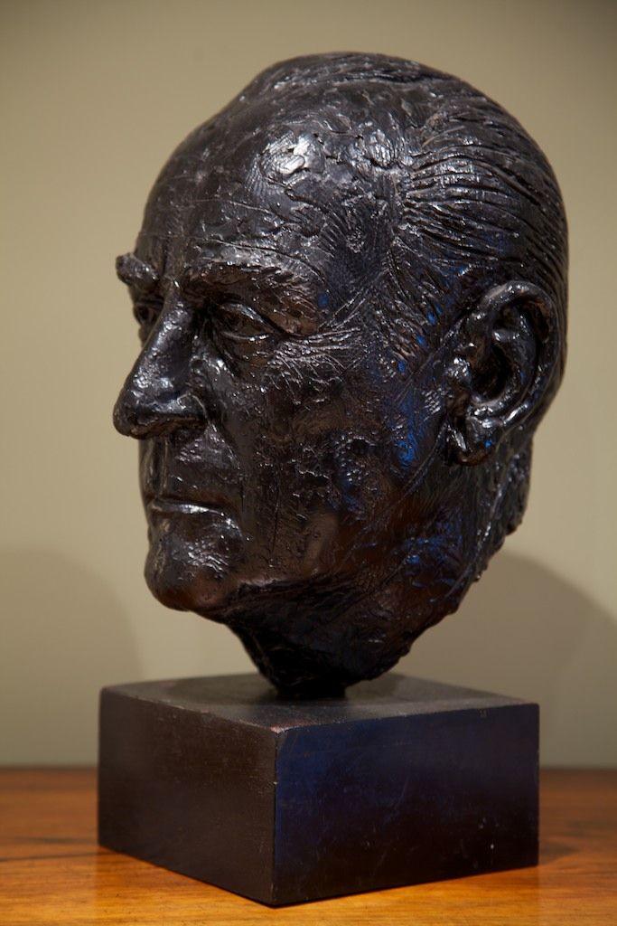 An art school bust