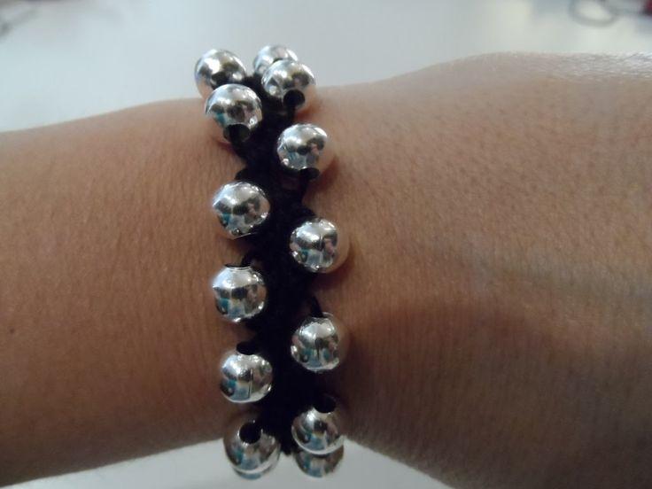 Tutorial: bracciale facilissimo all'uncinetto con perle