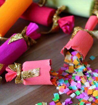DIY confetti party poppers // Robbanós konfetti szaloncukor - szilveszteri bulikra // Mindy - craft & DIY tutorial collection