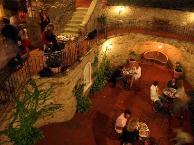 Villa Tacito - 28 pax - Chiaveretto, Arezzo.. http://www.ciaoitalyvillas.com/
