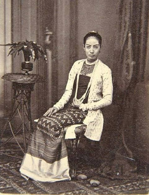Portrait of an unknown Burmese lady, c.1900.