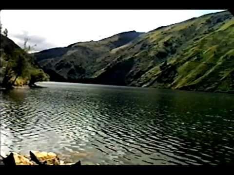 Una vuelta del callejón de Conchucos al callejón de Huaylas - YouTube