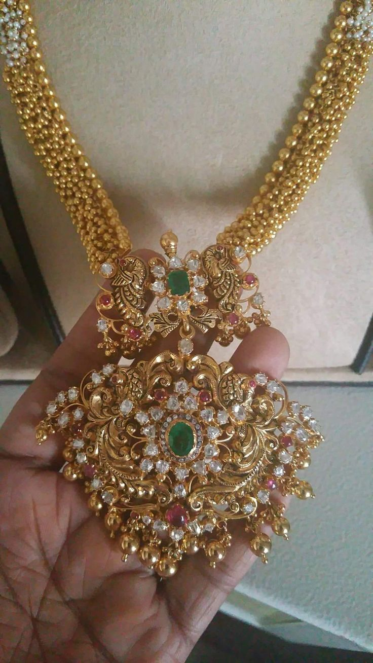 Long necklace wiping pendent 130 GMs