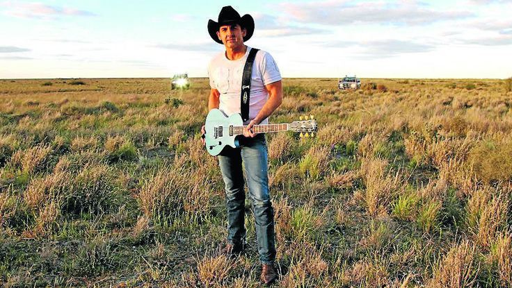Interview with Lee Kernaghan in the Mudgee Guardian (August 2014)
