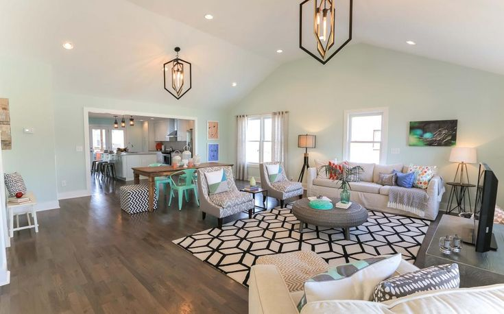 Masters of Flip gorgeous Living Room transformation #HomeDecor