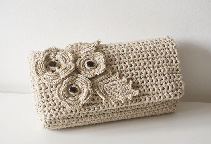 (4) Name: 'Crocheting : Crochet Flower Pochette Bag