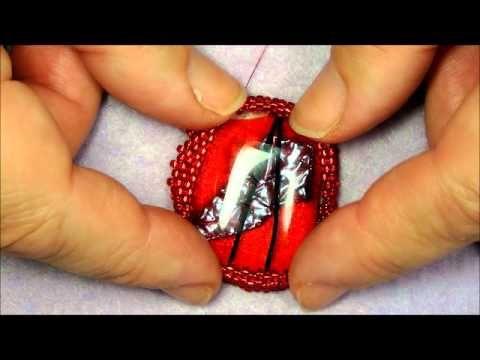 Peyote beading cabochon bezel: Miyuki Seedbeads innefattning glascabb