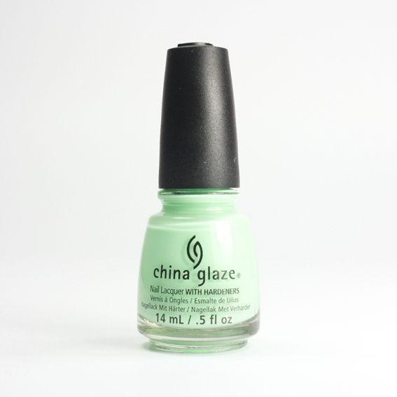 CHINA GLAZE Highlight Of My Summer, vernis vert menthe néon sur Bec et Ongles €8.50