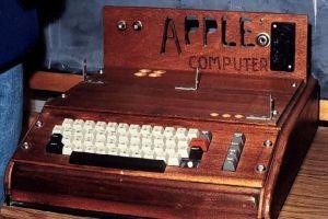 Predali prastarý Apple. Za vyše pol milióna