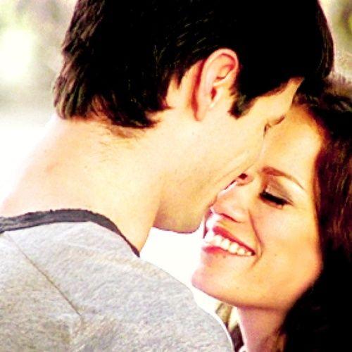 One Tree Hill - Naley - Nathan Scott (James Lafferty) & Haley James Scott (Bethany Joy Lenz) Always and Forever