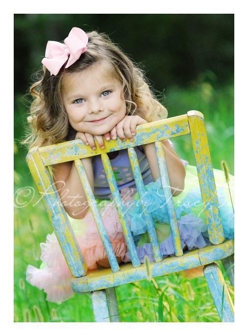 A beauty: Wooden Chairs, Kids Rock Really, Fab Kiddies, Babies Kids Pics, Georgeous Kids, Baby Dumplins