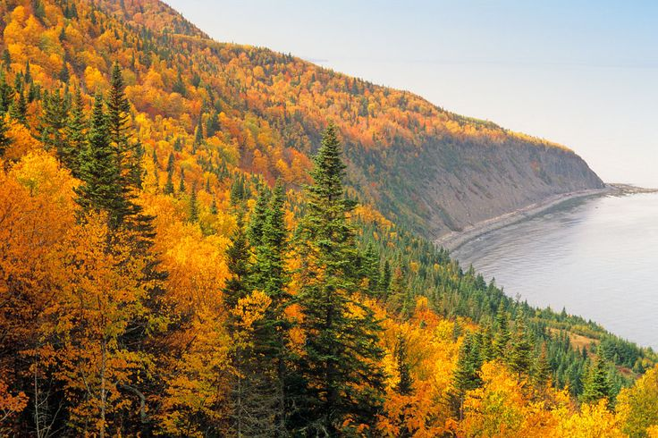 50 natural destinations which should always be fall - Forillon National Park (Canada): colored horizon