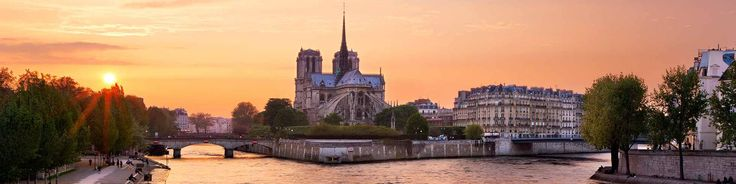 Bateaux Mouches: possible candidate for Seine dinner cruise