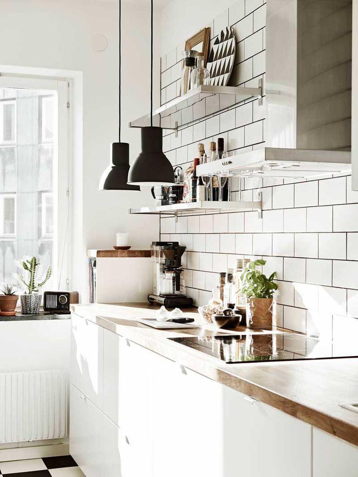 ⇢ GASTRO & DECO | Si tienes hambre decorativa, te encantará comerte a bocados lo mejor en #iluminación de #cocina 😋