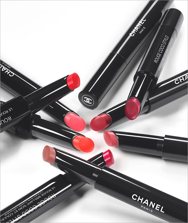 Trends Shaker | Rouge Coco Stylo and Le Vernis by Chanel
