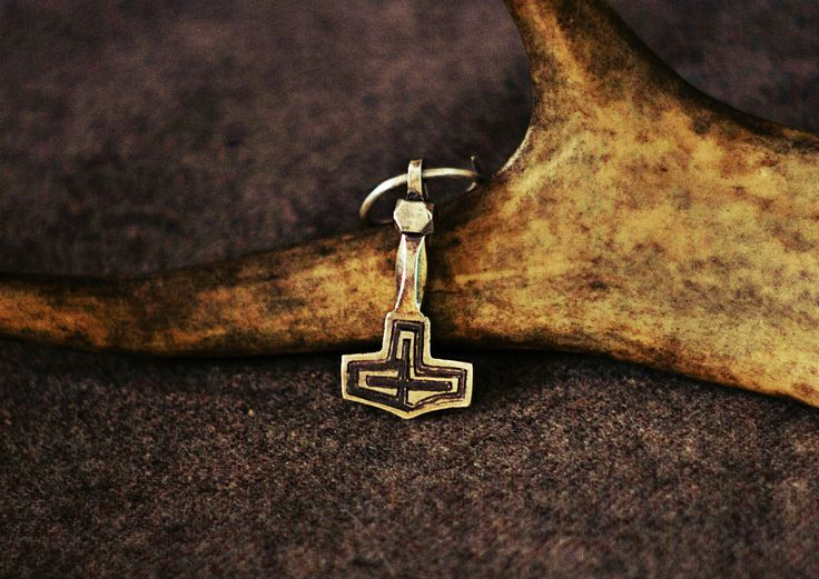 #viking #age #replica #mjolnir #thor #hammer #mojoviking