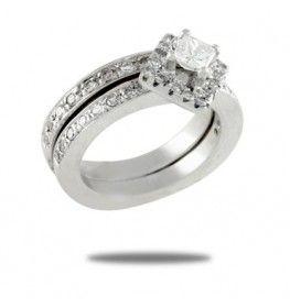 0.97 CT T.W. Diamond Princess Cut Diamond Bridal Set
